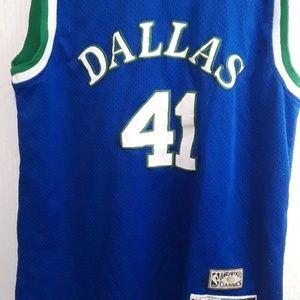 Dallas Mavericks Dirk Nowitzki Jersey